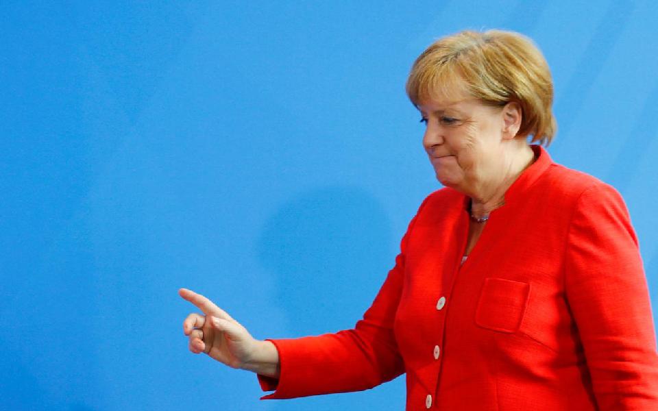 União Europeia indisponível para manter relações  com Donald Trump