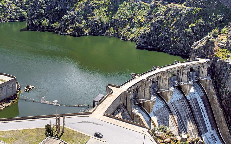 Iberdrola estuda compra de barragens postas  à venda pela EDP