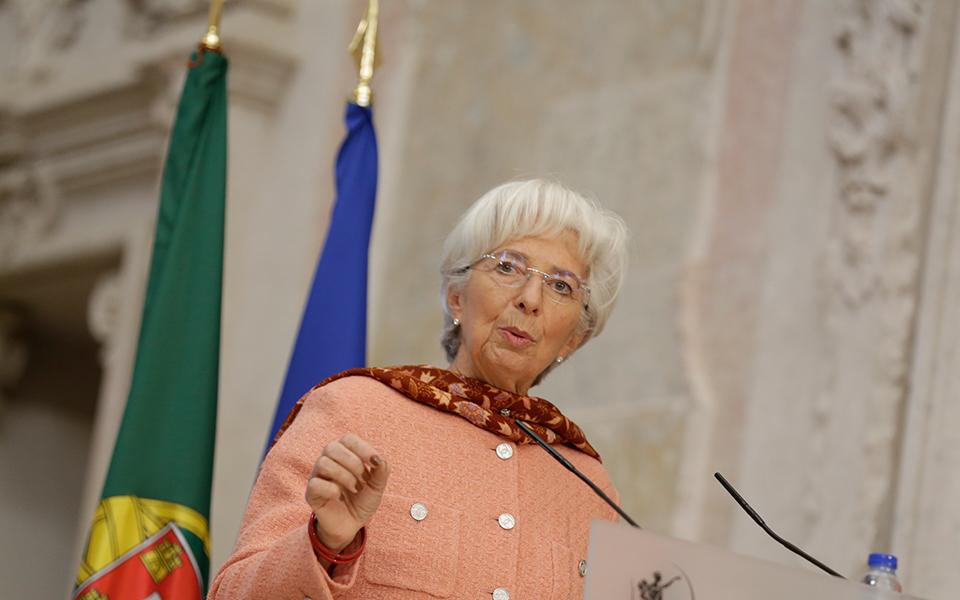 Risco de Portugal deverá manter-se estável após fim dos estímulos do BCE
