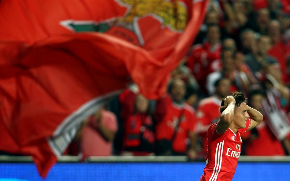 Benfica avança com queixa-crime por fuga de informação