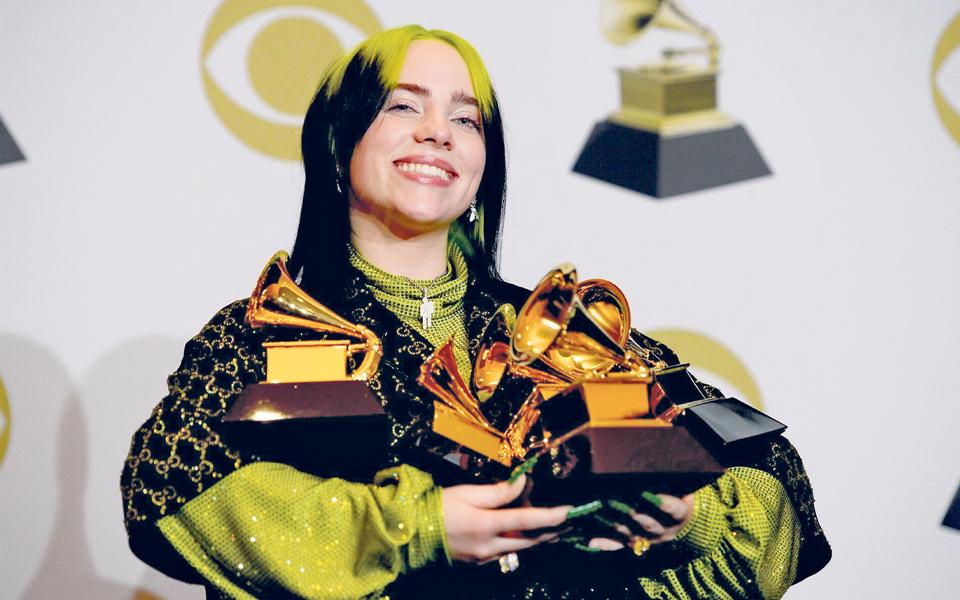 Billie Eilish: Entre uma coroa  de aranhas e um Grammy, é melhor ser o 'Bad Guy'