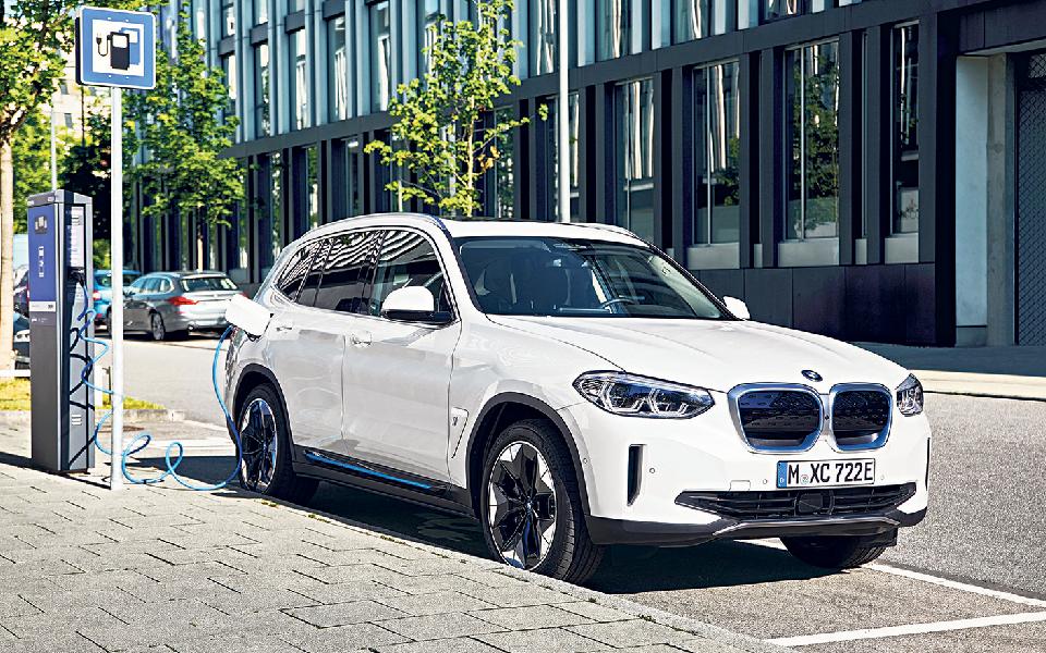 BMW iX3 Marca: germânica entrou na corrida pela liderança dos SUV elétricos