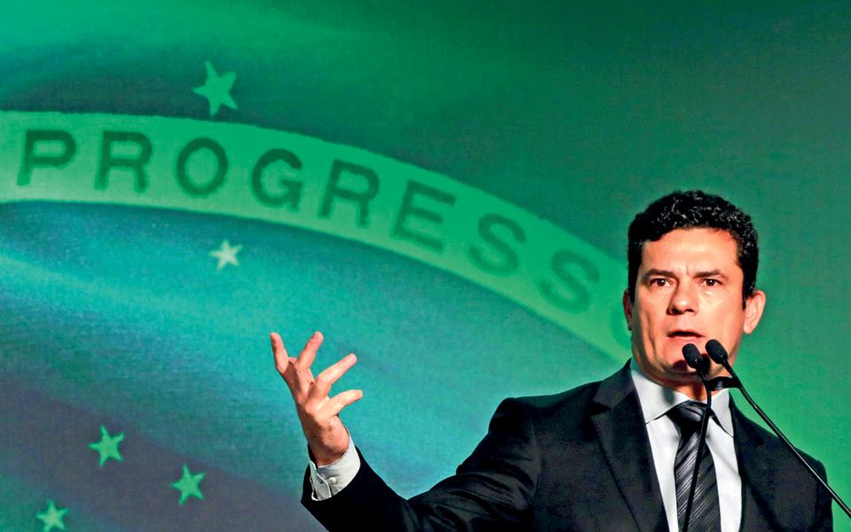 Sérgio Moro - O 'herói da ética' em queda livre