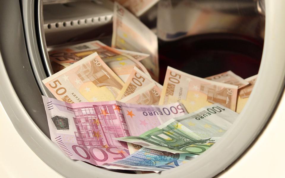 Quanto custa o combate ao branqueamento de capitais?
