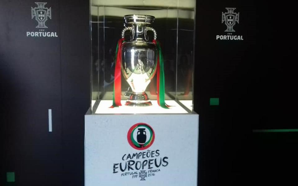 Portugal consegue  reter o título  de campeão europeu?