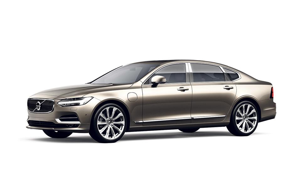 S90. A versão híbrida de topo da Volvo  é premium superior