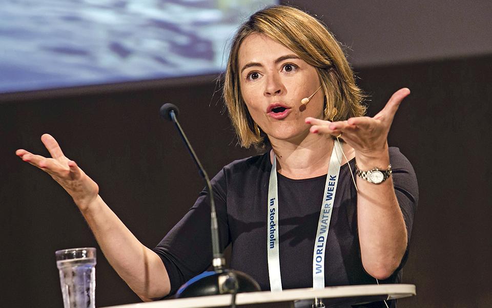 """Catarina De Albuquerque: """"Os governos  não são perfeitos, mas temos de apoiá-los"""""""