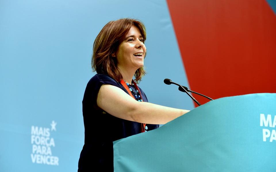 Catarina Martins alcança Costa no topo dos líderes partidários