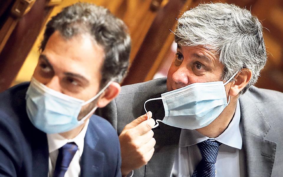"""""""Novela Centeno"""" leva ministro das Finanças de volta à casa de saída"""