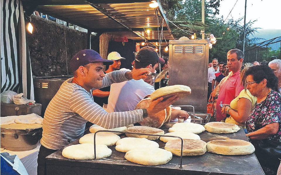 Comida e hospitalidade no topo das preferências dos turistas da região