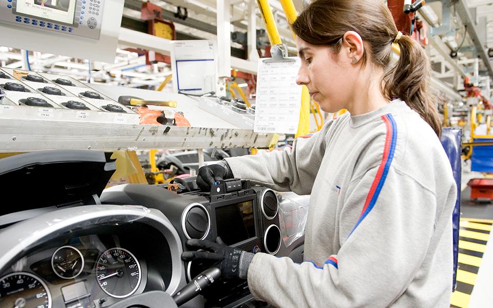 Indústria automóvel portuguesa resiste a travagem que está a afetar zona euro
