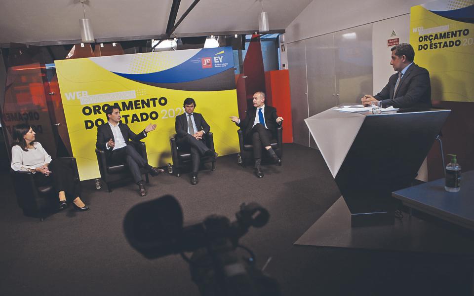 """""""Um orçamento  para combater  a crise pandémica e proteger a economia"""""""