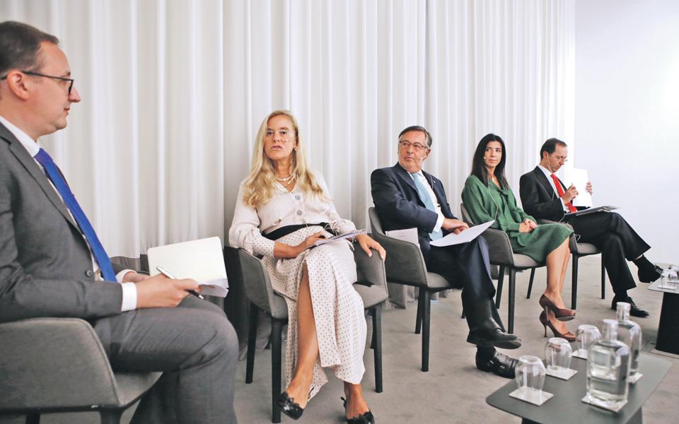 Especialistas defendem Centro Internacional  de Negócios da Madeira
