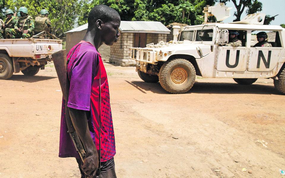 """Conflito: Portugal tenta acabar  com a """"guerra esquecida""""  na República Centro Africana"""