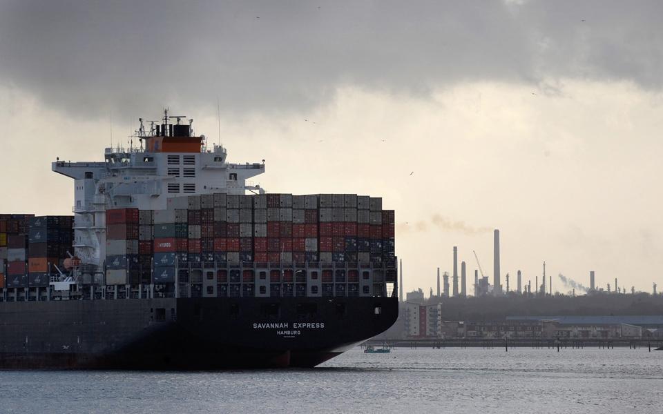 Sines leva portos para quebra de 6,2% em 2019
