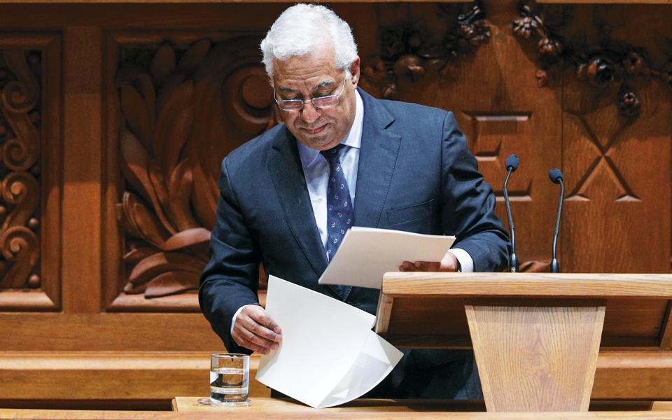 Coligações negativas custam mais 40 milhões de euros