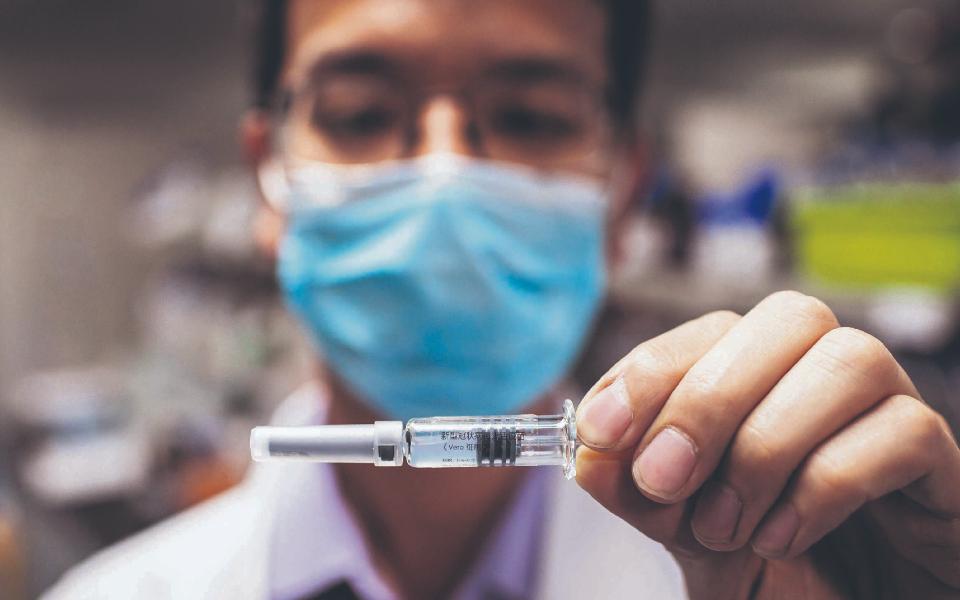 Vacinação: Velhas exigências  são novas prioridades