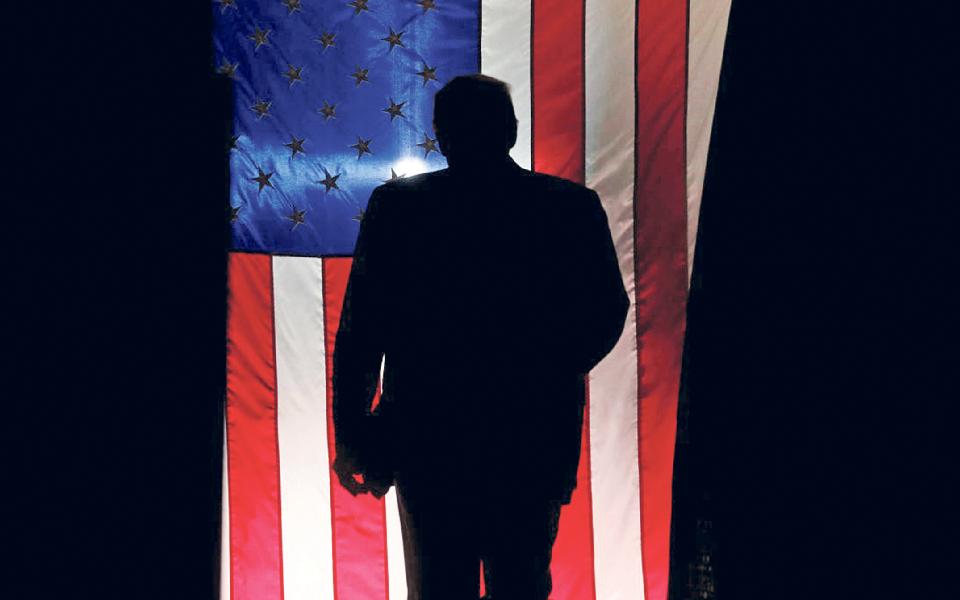 Estados Unidos:  Campanha presidencial de Donald Trump  à espera de um milagre