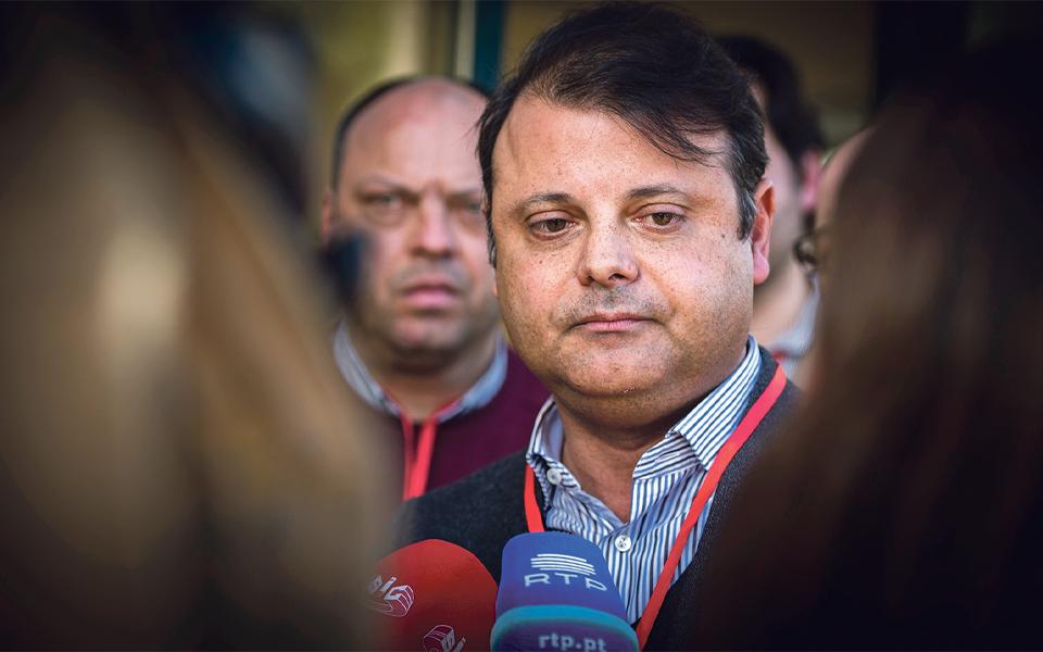 Liderança de Costa no PS volta a ser desafiada por Daniel Adrião