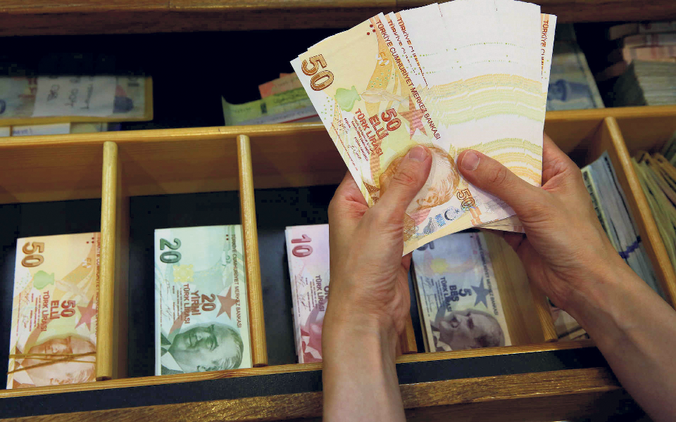 Imposto sobre desigualdade salarial  reúne consenso