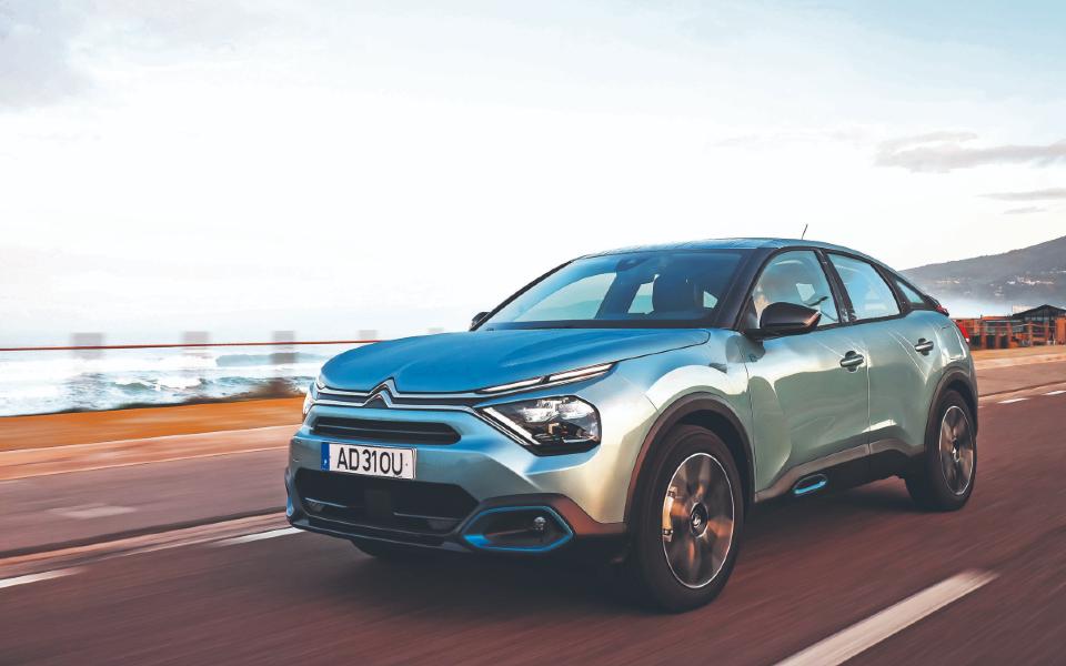 E-C4. A Citroën cria novos rumos para as berlinas