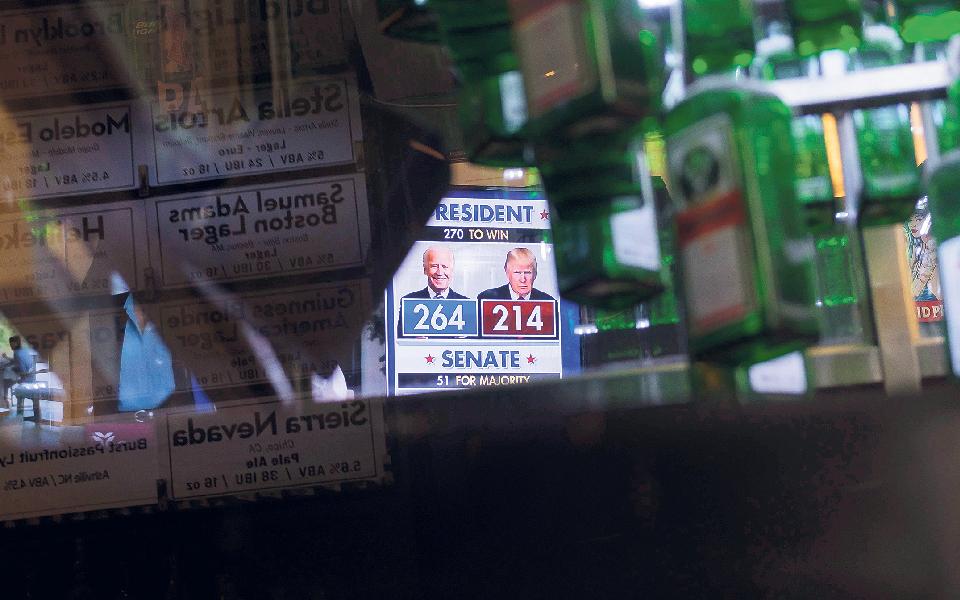 Republicanos  e democratas prontos para prolongado impasse nas eleições