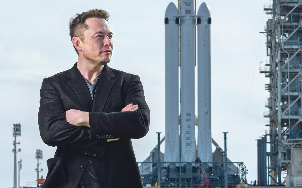 Elon Musk: Dono da Tesla  e do SpaceX assumiu o lugar de rei da tecnologia. Longa vida ao seu reinado