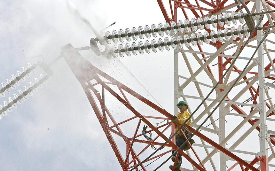 Eletricidade continua a ganhar terreno aos combustíveis fósseis