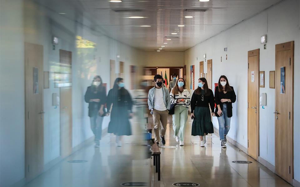 Ensino superior: mais verbas  para ação social e alojamento