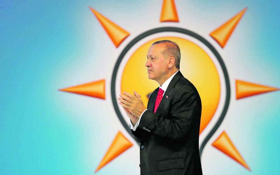 Erdogan prepara-se para ser o senhor de todo o império