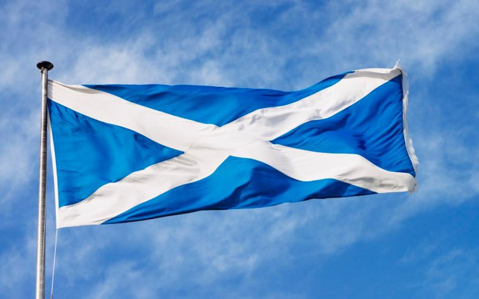 Escócia ensombra euforia na Câmara dos Comuns