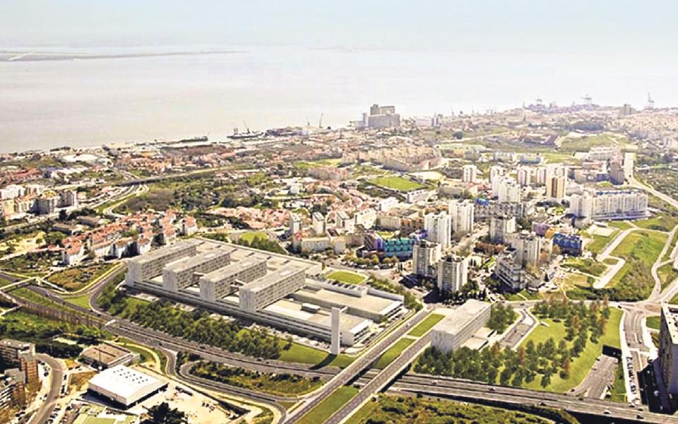 Espanhóis atrasam  novo Hospital de Lisboa