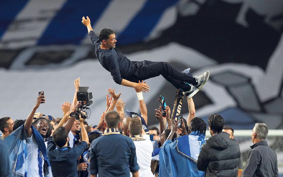 FC Porto campeão 22 dias que mudaram a história da Liga