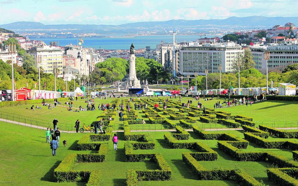 88 ª Feira do Livro de Lisboa Leitura, conforto  e animação no Parque Eduardo VII