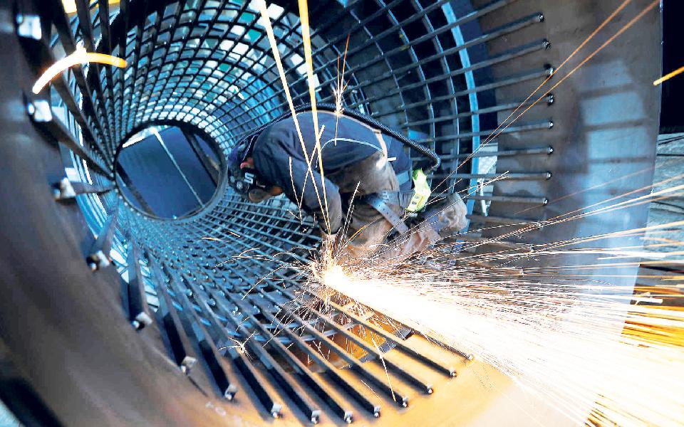 Metalurgia pede ajuda ao Governo para salvar 256 mil empregos