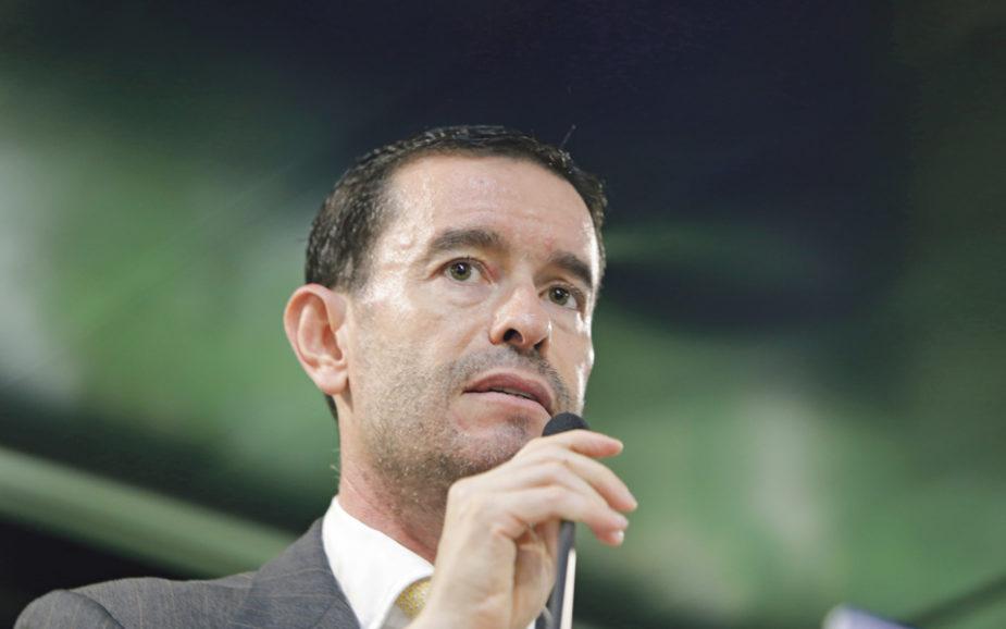 Frasquilho apontado para Bolsa de Lisboa