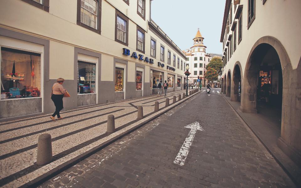 Finanças prorrogam regime da zona franca da Madeira por mais um ano