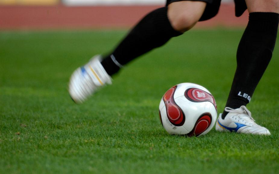 Clubes não dão prioridade à promoção de jovens talentos