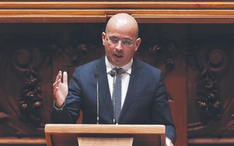 'Maiorias negativas' fazem fatura superar 60 milhões de euros