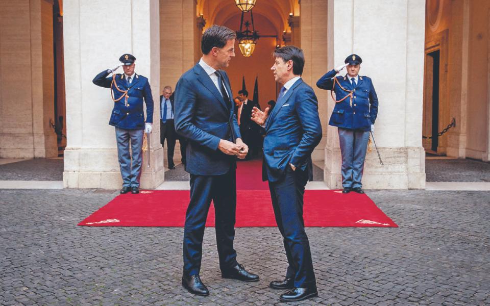 Itália e Holanda abrem duas frentes de tensão na Europa