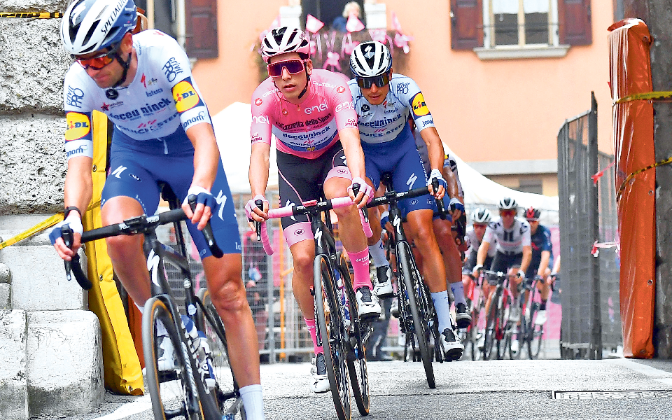 João Almeida: Ciclismo português viveu um sonho  cor de rosa durante duas semanas