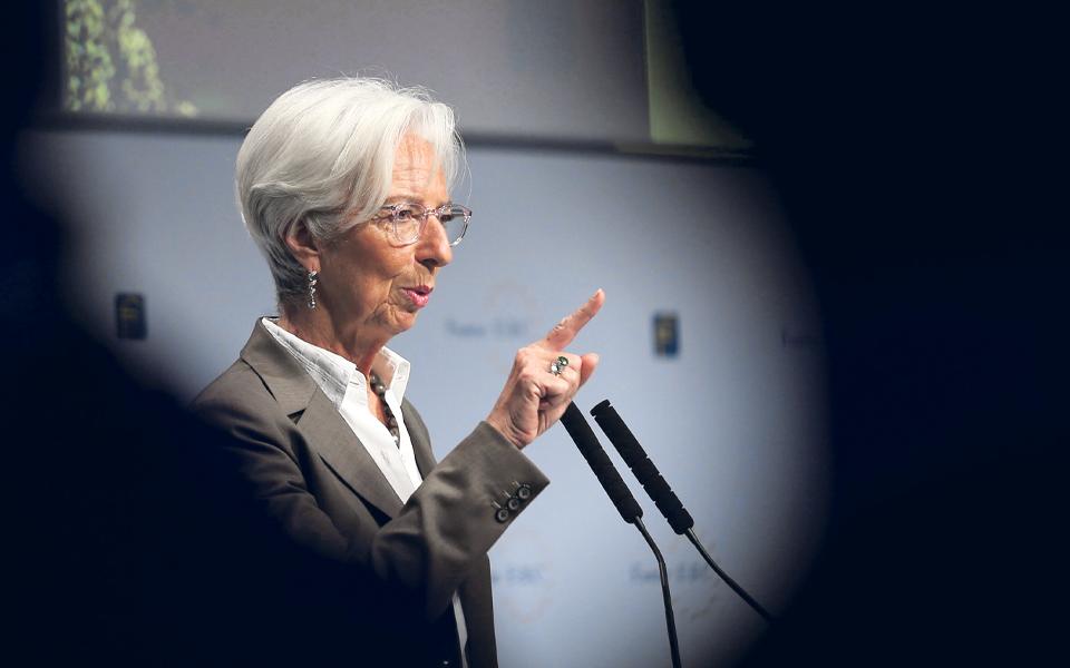 Lagarde poderá iniciar revisão estratégica do BCE  na próxima semana