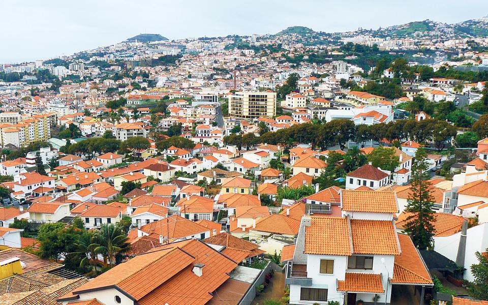 Madeira reivindica  170 milhões de euros  para apoio a empresas
