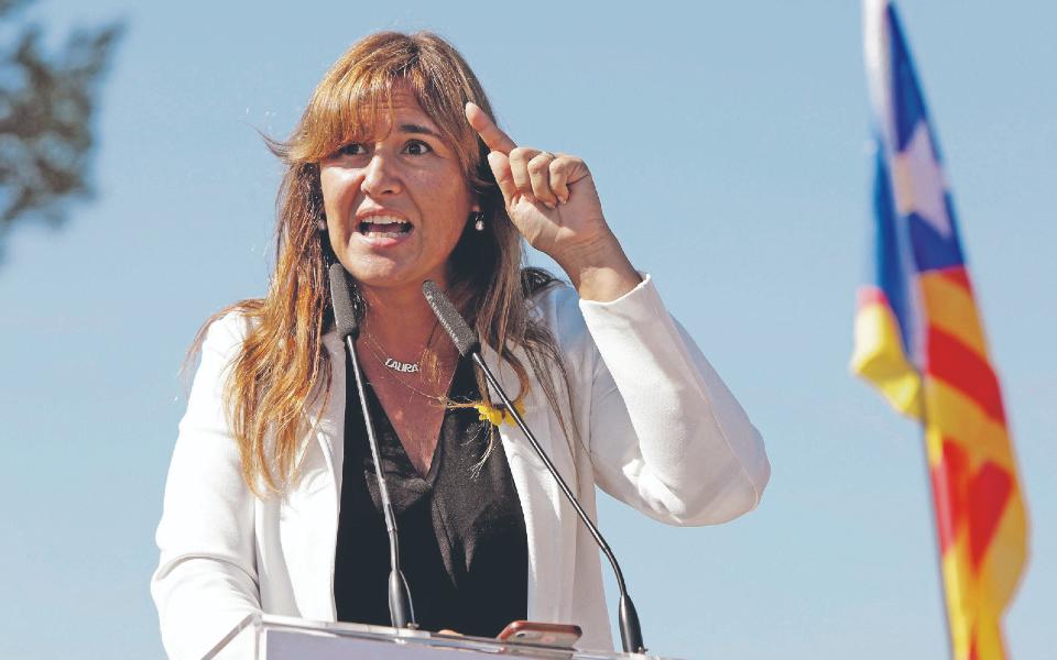 Laura Borràs: Uma candidata independentista que embarcou no rápido Barcelona-Madrid-Barcelona