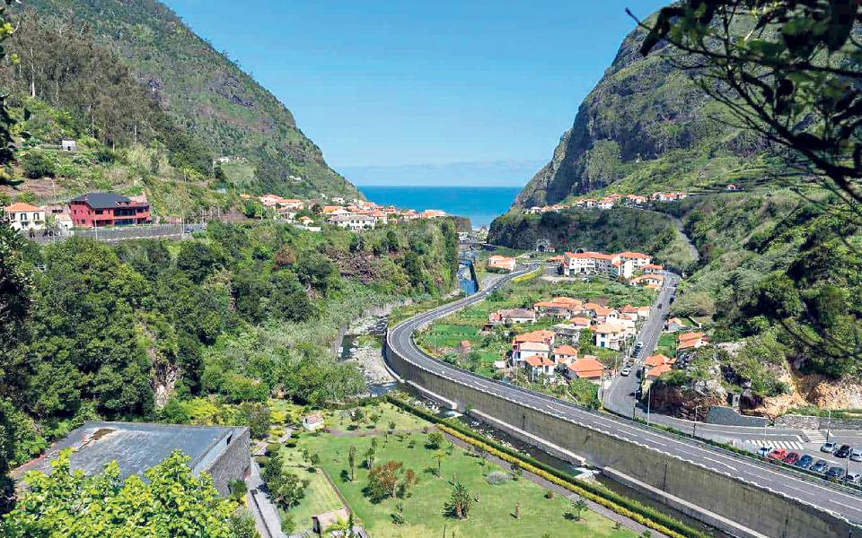 Partidos da oposição apertam cerco às PPP rodoviárias da Madeira