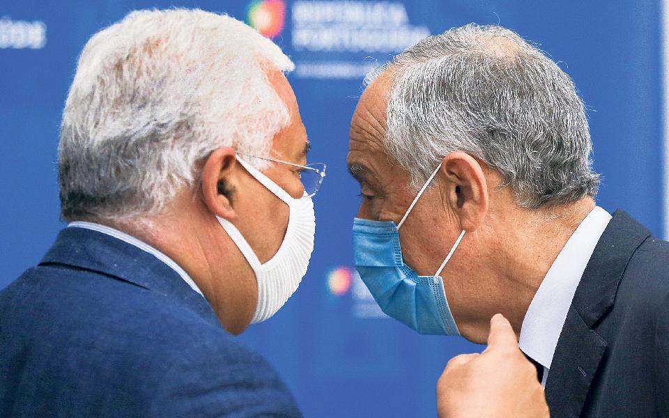 Marcelo e Costa fragilizam DGS a dias do estado de contingência