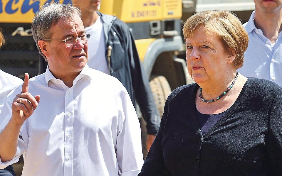 Reviravolta inesperada põe SPD à frente na sucessão de Merkel