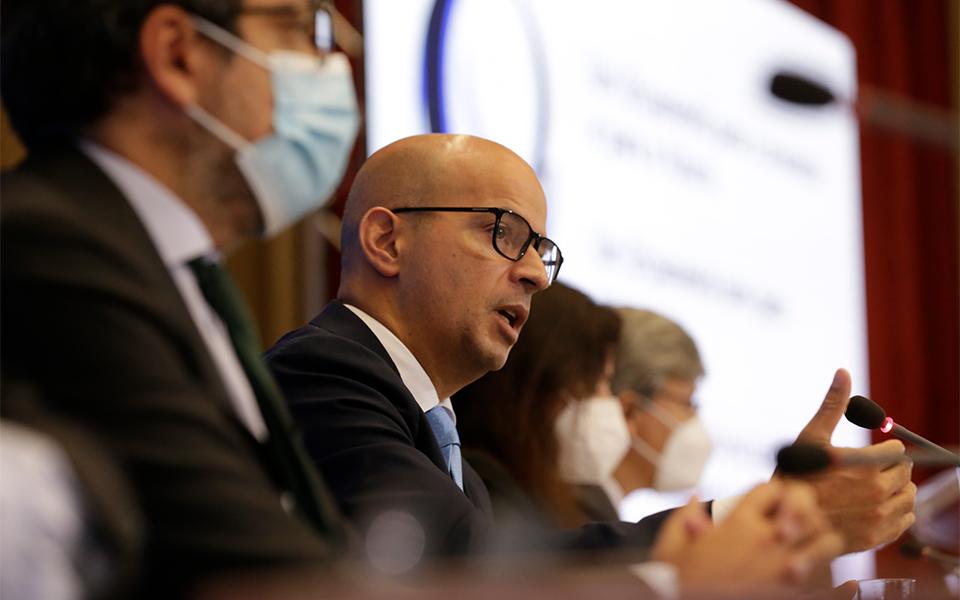 Procura interna e PRR suportam retoma em 2022