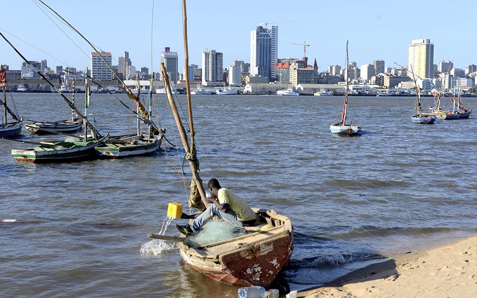 Moçambique tenta ganhar tempo  na bomba-relógio da dívida