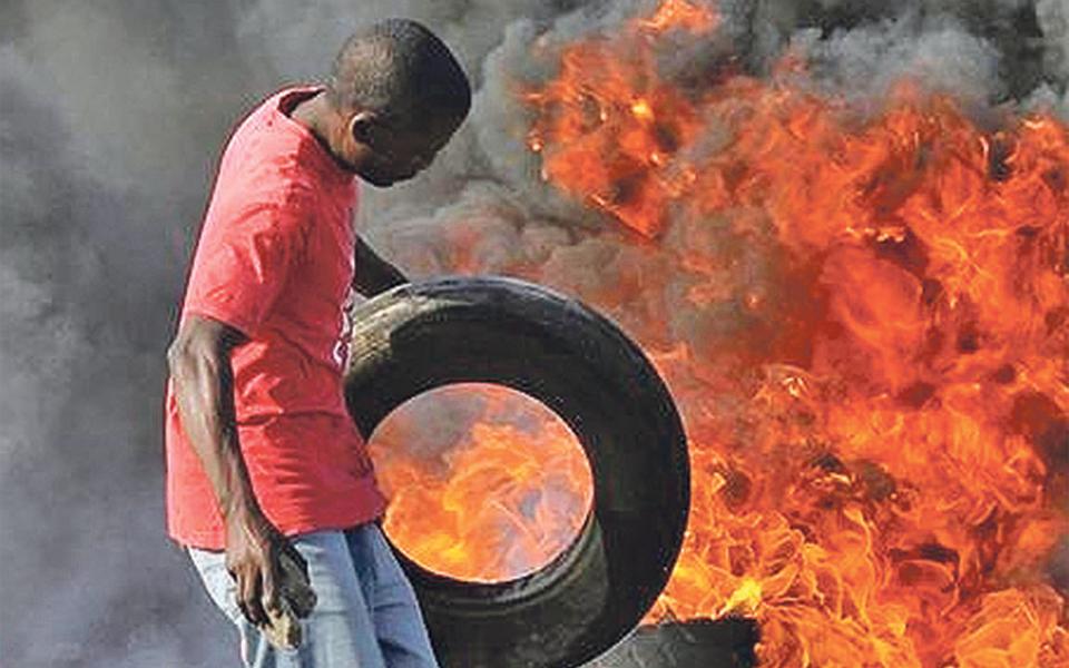 Moçambique: ataques exteriores aumentam zona de impacto